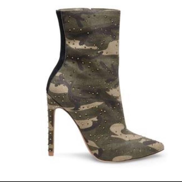 831cc9b9893 Camo Wagu booties by Steve Madden💜 Boutique